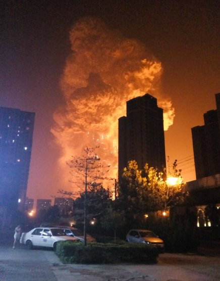 tianjin-great-explosion-explosion-should-be-how-to-save-ourselves-01