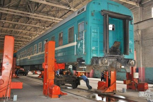 exit-strategies-china-most-strong-train-take-the-train-to-abroad-10